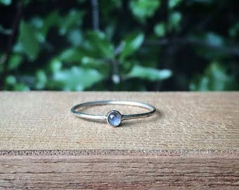 Silver Labradorite Stack Ring / Sterling Silver Ring / Labradorite Ring / Little Labradorite Ring / Little Stack Ring / Round Labradorite