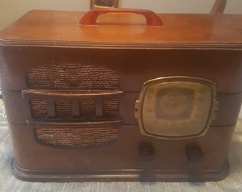 Antique Radio Converted for today