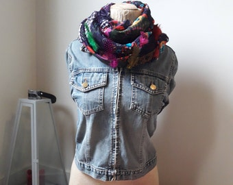 Infinity scarf with Flowers // Womens Scarf, Lace Scarf, Spring fashion, gift for mom, Flower Scarf
