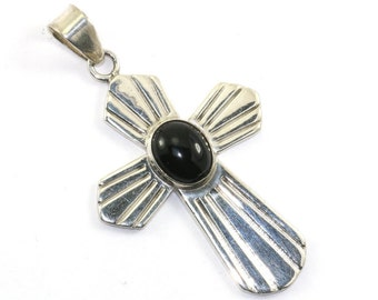 Vintage Mexico Oval Onyx Cross Pendant 925 Sterling Silver PD 731