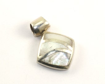 Vintage Rhombus Shape Mother of Pearl Pendant 925 Sterling Silver PD 1156