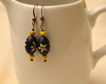 Cute Hand-Painted Flower Earrings (4 Color Options)
