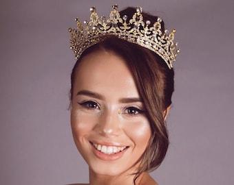The royal tiara Swarovski crystal bridal tiara prom wedding pageant tiara crown crystals rhinestones luxury stunning