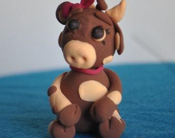 Lightweight clay cow