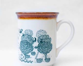 Vintage mug, ceramic coffee mug Tea Cup, mug BILTONS made in England, decorative kitchen
