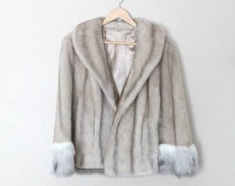 1970s Vintage Faux Fur Capelet