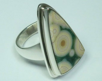 Ocean jasper silver 925 hand crafted ring. Triangle ocean jasper, silver ring. Jasper sterling silver ring.