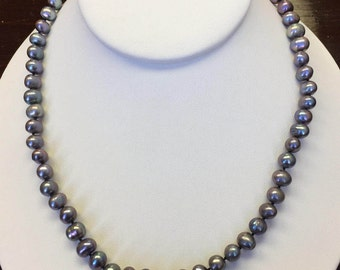 Mauve Pearl Necklace