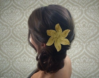 Golden bride star hair accessory