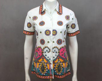 Colorful Shirt - White Shirt - Festival Shirt - Shirt Summer - Heart Pattern - Colorful Hearts Pattern - Retro Shirt - 80s Shirt