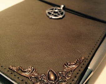 Spellbook, handmade traveler notebook, notebook, notebook, witch wicca Grimoire, magic notebook, wiccan, midori handmade, pentacle, magic