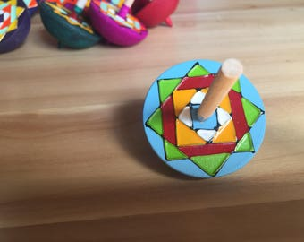 Colourful Spinning Top (Blue)