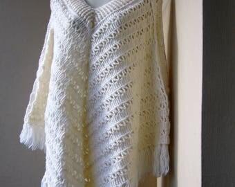 Cream wool poncho