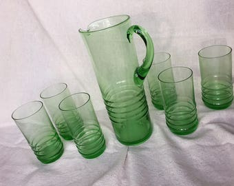 Vintage Barware Emerald Green Glass Pitcher With Matching Glasses Mid Century Modern