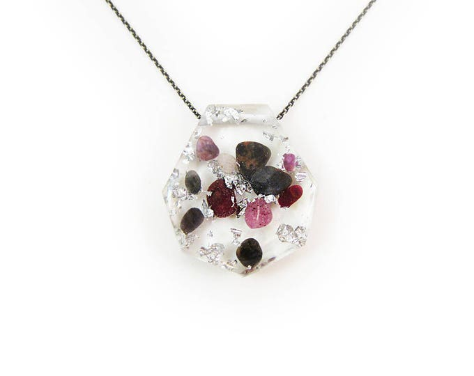 Large Emerald and Ruby Eco-Resin Tumbled Stone Necklace