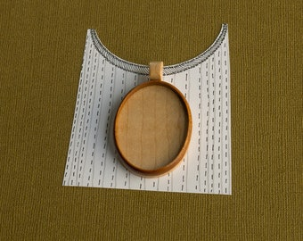 Pendant tray setting fine finished NO laser - Mahogany and maple - Organic bail - 30 x 40 mm cavity - (A2-MMp)
