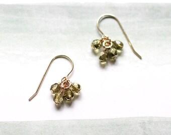 lucky in green - handmade earrings