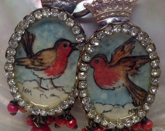 Lilygrace Christmas Robin Handpainted Cameo Earrings with Coral Beads and Crystal Beads