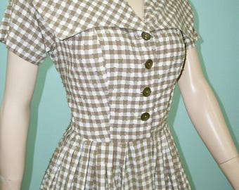1950s Portrait Collar Dress . Vintage Brown Eyelash Gingham Check Full Skirt Dress  . XS S
