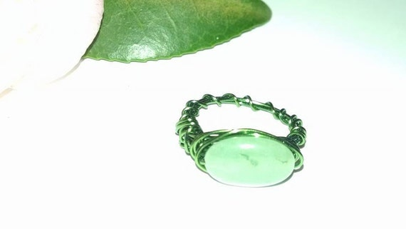 Green Jade Like Bead Stone Size 5 1/2 Wire Wrapped Ring Vintage Broken Bracelet Beads Reclaimed Jewelry Gypsy Boho Summer Wedding Easter