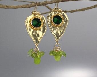 Green Stone Earrings, Peridot Birthstone, Green Protection Earrings, Green Jewelry, Gemstone Earrings, Green Earrings, Gold Filled, Gifts
