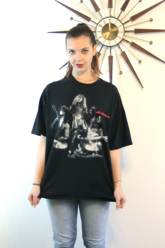 Vintage LED ZEPPELIN t-shirt, 90s Rock n Roll tee, Black Concert Tshirt, Band tee, Band T-shirt, Baggy Boxy Oversized tee, Men Women size XL