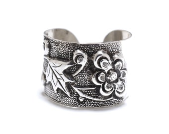 Recycled Chinese Sterling Silver Repoussé Flower and Leaf Band Ring - Adjustable