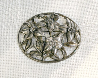 Little Nemo LN 25 Brooch Vintage 40s Jewelry Signed Floral Openwork