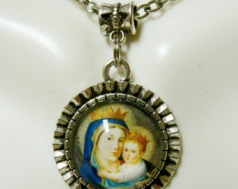 Our lady of Mount Carmel pendant with chain - AP17-129
