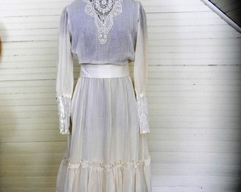 Vintage Gunne Sax Dress, White Gauze and Lace Wedding Dress Size 9, 1970s Boho, Victorian Style Wedding Dress, Tea Length Wedding Dress SALE