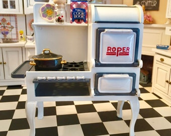 Miniature Roper Range, 1920s Stove, Cast Iron Kitchen Stove, Dollhouse Miniature, Dollhouse Kitchen Furniture, 1:12 Scale, Retro Stove