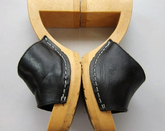 Vintage 1990s Open Toe Mules Slides by NO PARKING / 90s Does 50s Black Leather High Heel Sandals Shoes