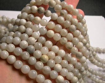 White lace agate - 8 mm round - 1 full strand - 48 beads - RFG1115
