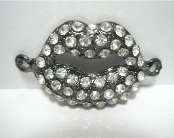 CLOSEOUT CLEARANCE SALE- Lip Links - Spacer - Cross Connector - Charm with Rhinestones - 15 pieces