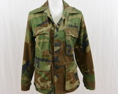 Vintage Army Jacket, Camouflage, Size XS, Grunge, Millitary, Distressed, Punk, Tumblr Clothing, Army, America