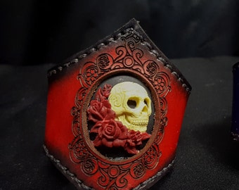 Lolita Skull Cameo Leather Cuff