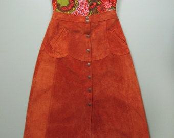 Vintage 1960s 1970s Rusty Orange Suede Button Up Skirt. 60s 70s Snap Front Skirt. Patchwork Suede Skirt.