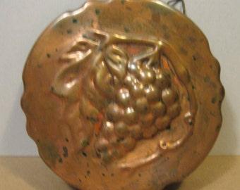 Vintage Copper Tart Pastry Baking Tin Grapes Design Baking Form Cooking Baking Tin Decorative Hanging Grape Design Hanging Desplay Mold