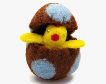 Easter Basket Gift - Easter Chick in a Felt Easter Egg - Easter Toy - Spring Ornament
