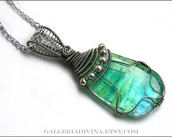 Wire wrapped green blue pendant - Fused glass - OOAK