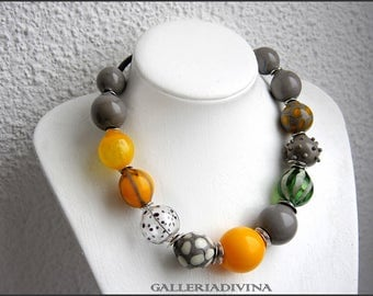 Blown glass rubber necklace -Glass bubbles - Spheres - gray and yellow - statement necklace - Rubber necklace - Murano glass Sterling silver
