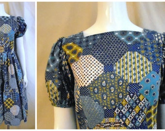 Vintage 1960s Dress Patchwork Print Blue Tones Full Skirt Puffed Sleeves 36 x 27 x full