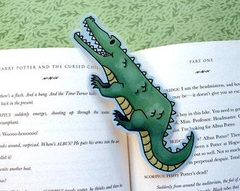 Alligator Bookmark -  Animal Reptile Bookmark / Book Lover Gift / Cute Bookmark / Green Laminated Bookmark / Illustrated Kids Bookmark