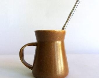 Vintage Bennington Potters Mug - Pinch Neck, Toffee or Tobacco Brown, David Gill Hand Arm Spark Maker's Mark, Rustic Modern, Mid Century