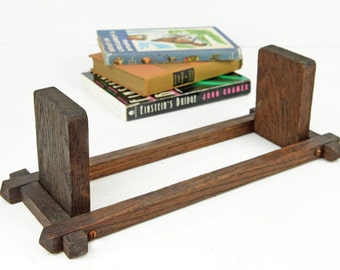 book holder, arts and crafts style, mission style, wood, bookstand, book shelf, bookend, book rack,