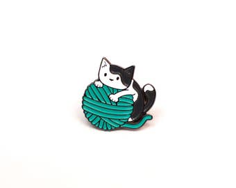 Cute Cat Enamel Pin - Cat and Yarn - Teal
