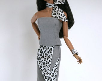 Fashion Royalty Doll Outfit in Gray & Silver