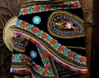 Vintage 1970's Embroidered Cape, Vintage Wool Embroidered Cape, Bohemian, Ethnic, Gypsy, Hippie, Folk, Tribal