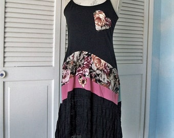 Long boho chic tunic tank. gypsy style top, sexy romantic floral hippie dress, fit and flare tunic, black lace shabby tunic free people chic