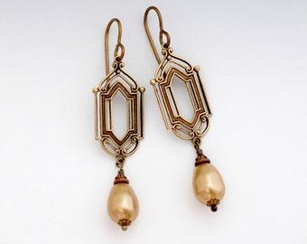Gold Swarovski Crystal Pearls, Art Deco Earrings, Gold Pearl Earrings, Art Deco Jewelry, Pearl Dangle Earrings, Pearl Drop Earrings, Cassia